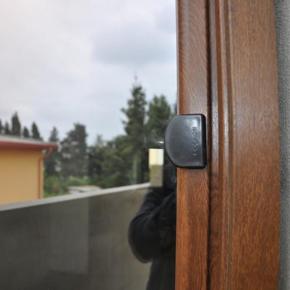 Porta in PVC realizzata a Samassi Medio Campidano Sardegna